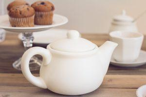 tea-party-1138915_1920