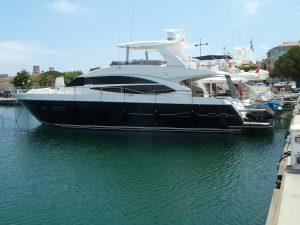 Princess 72 Yacht Moka in Antibes