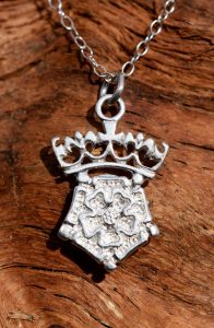 A sterling silver crowned Tudor Rose pendant